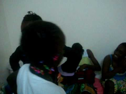 Lil Girls Fighting )) african fight ((