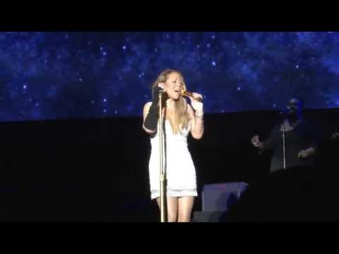 Mariah Carey's Dress Changes at Jamaica Jazz