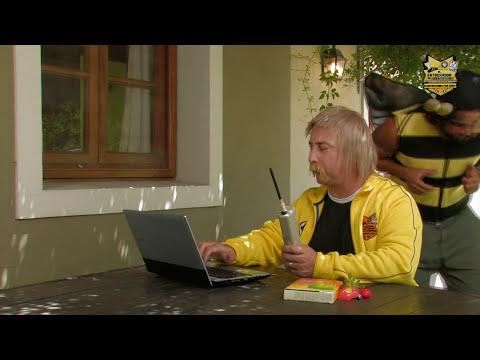 EL ENTRENADOR DE COMPUTADORAS - PC SIN CODIGOS BINARIOS