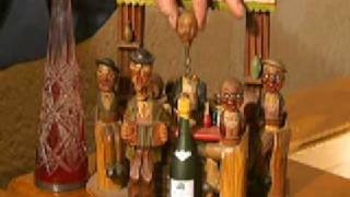 Collectionneur de  Tire-bouchons  ( Collector of corkscrews )