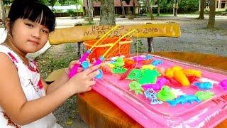 Fishing games For Kids đồ chơi câu cá trong phao by Giai tri cho Be yeu