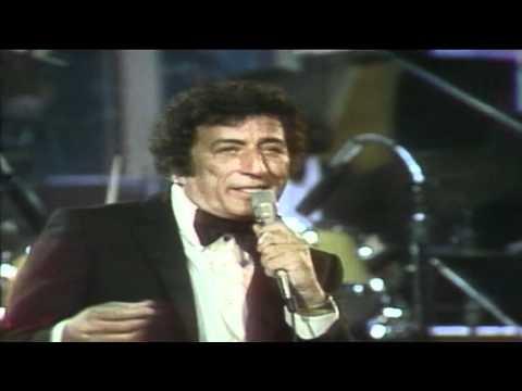 Tony Bennett Sings