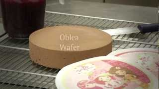 Como colocar una oblea en una tarta / How to place a wafer in a cake