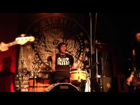 Richie Ramone - Somebody Put Something In My Drink (live) Ortobar Slovenia 29.2.2016