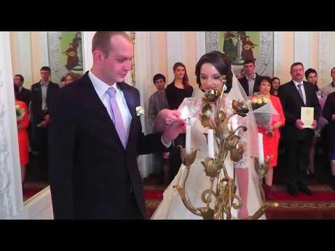 Торжественная регистрация во Дворце бракосочетания