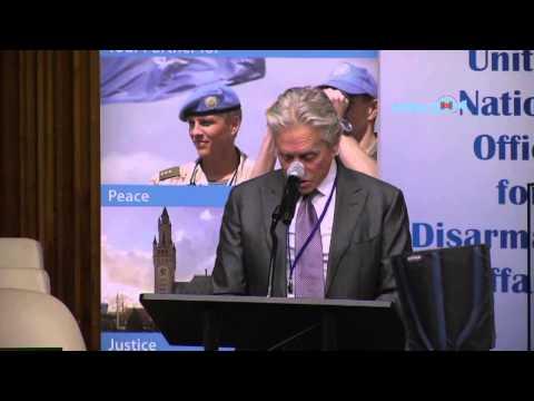 Michael Douglas speaks at UN on nuclear disarmament