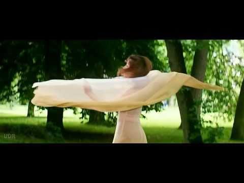 Bholi Si Surat - Dil To Pagal Hai (1997) *hd* Music Videos video