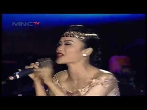 download lagu Julia Perez  Aku Mah Gitu Orangnya  - MN gratis