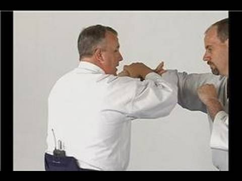 Ikkyo: Aikido Techniques : Ikkyo from a Hook Punch Image 1