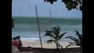 tsunami attack indonesia- 11-4-2012  ( REAL VIDEO)