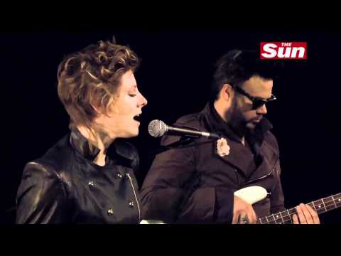 Neon Trees - Cover of  Grenade  by Bruno Mars (Sun Session)