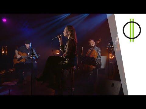 Akusztik – Kertész Erika  (M2 Petőfi TV - 2021.08.02.)
