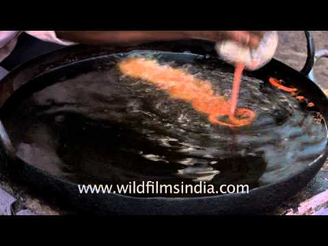 dancing jalebis in hot oil