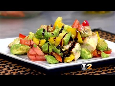 Stephanie And Tony's Table: Try A Salad That's Healthy And Light