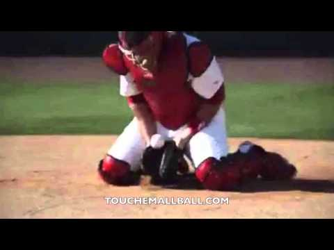 How to Block like Yadier Molina