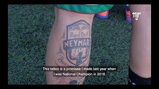 Neymar Jr's Five   Português campeão regional faz tatuagem do evento