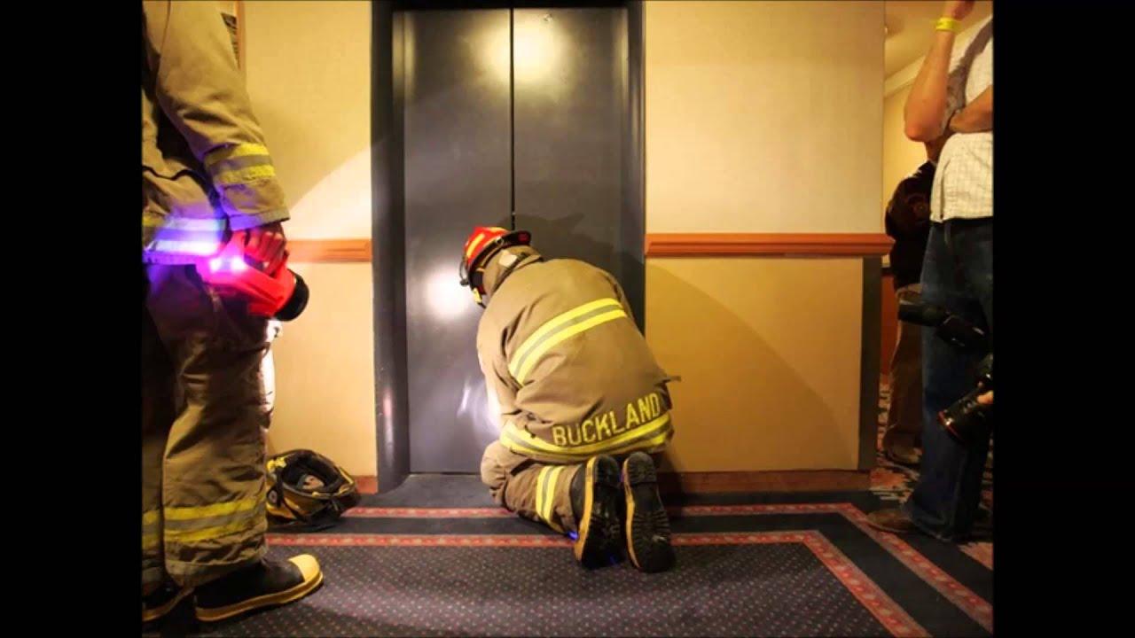 Россиянку и ее шестимесячного сына раздавил лифт 18