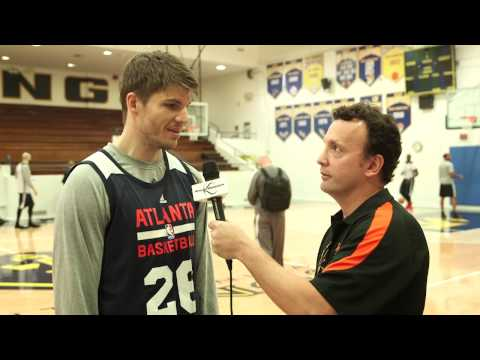 Kyle Korver Explains How He Works In The Hawks Offense