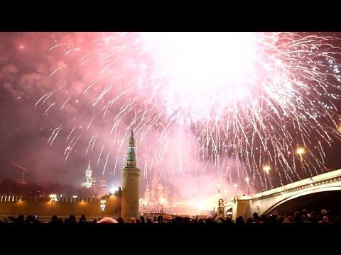 Салют на Красной площади - Новый год 2016 / Fireworks on Red Square New Year's Eve 2016
