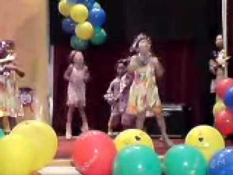 Q-dees Annual Concert - Ren (mandarin Song) video