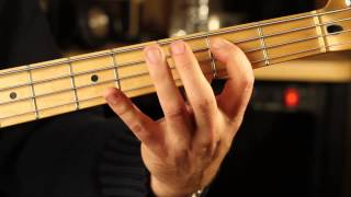 """HOW TO PLAY """"BILLY JEAN"""" BASS"""