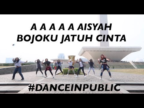 GOYANG DUA JARI DI MONAS   DJ AISYAH
