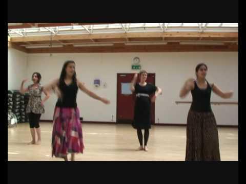 Bollywood Dance - Ringa Ringa - Slumdog Millionaire - http:www...