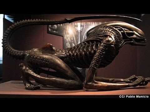 'Alien' creator HR Giger dies after fall down stairs