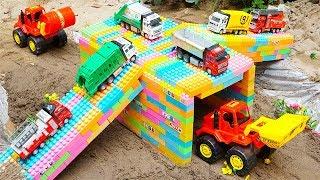 Build Bridge Blocks Toys for Children | Excavator Construction Vehicles for Kids with TOTOTV Truck