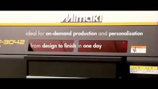 Mimaki UJF 3042FX - Impresora plana de pequeño formato de tecnología UV LED