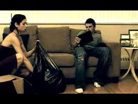 Смотреть онлайн видео Suitcases - A short mother-son film.