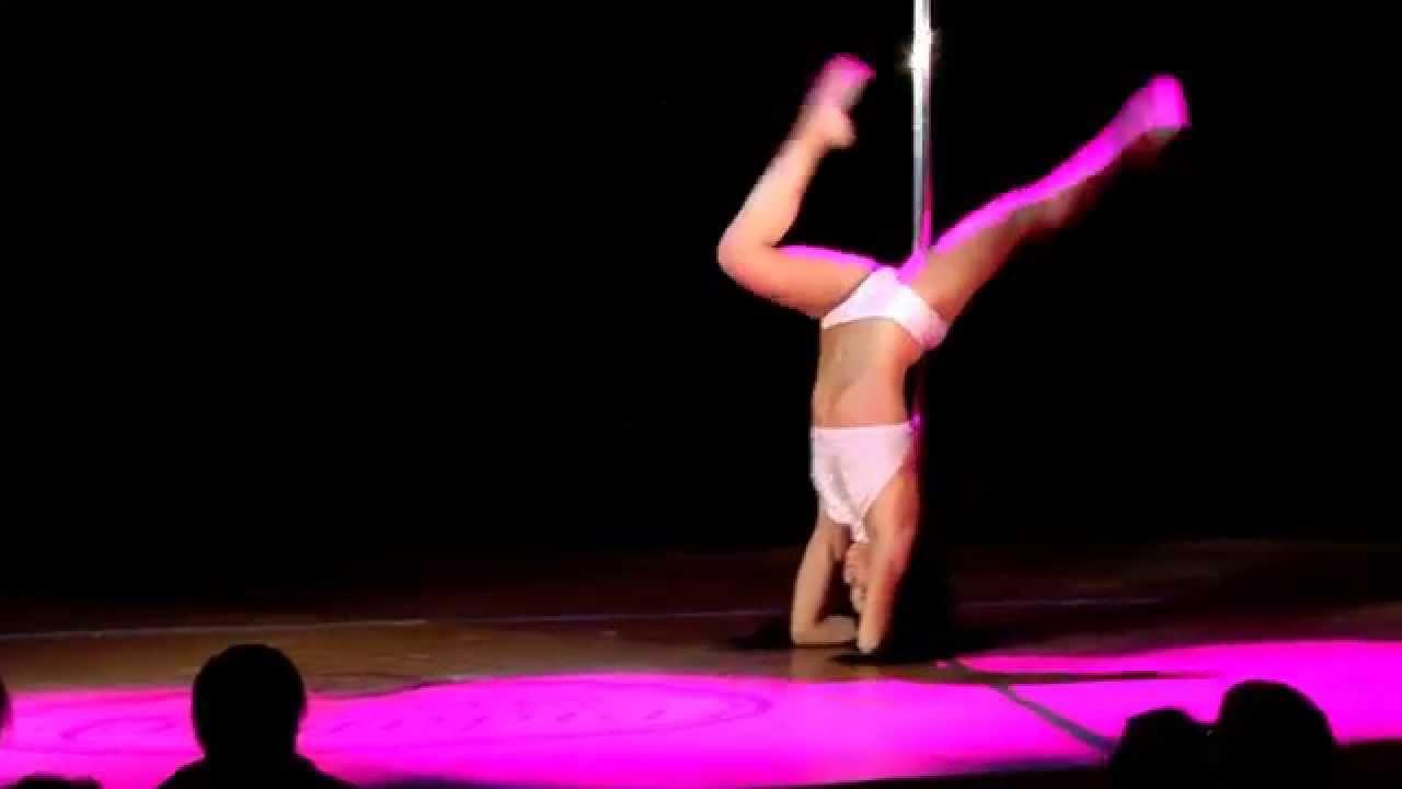 """Видео с зимнего отчетного концерта Pole dance в клубе """"Олимпия"""" 26.01.2014. Педагог Анастасия Назарова"""