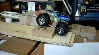 custom 1/18 rock crawler Nanda in action
