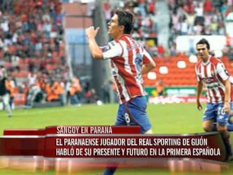 El jugador del Real Sporting de Gijón habló de su presente y futuro en la primera categoría española.