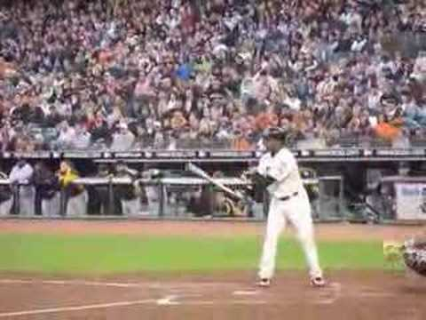 Barry Bonds homerun # 758 Video