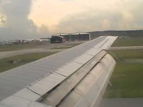 Malaysian Airlines 737-400 landing at Kuala Lumpur