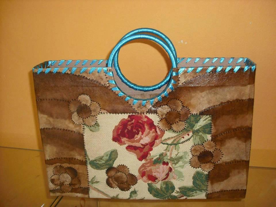 Bolsas de Caixas de Leite (www.terezaecoarte.blogspot.com) .