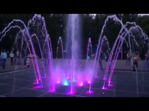 18.06.2015. Киров,парк Победы,фонтан вечером 3