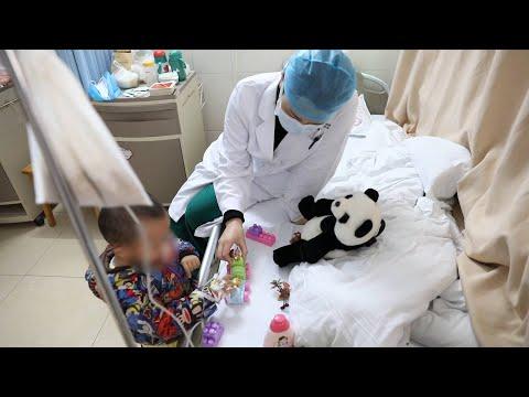 "Coronavirus fight: 2-year-old child and his 28 ""nurse mothers"""