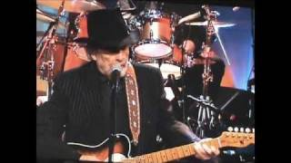 Watch Merle Haggard I Am What I Am video