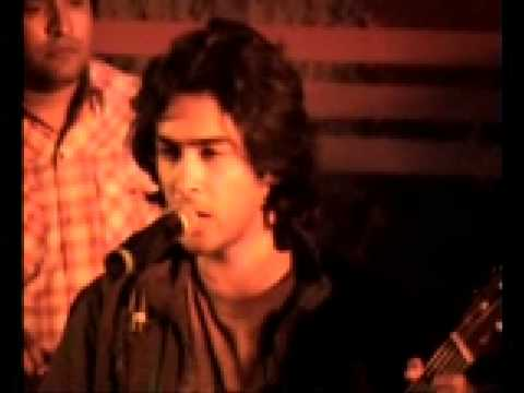 Aag - Shahzad Roy (performing Live At Mehran University) video