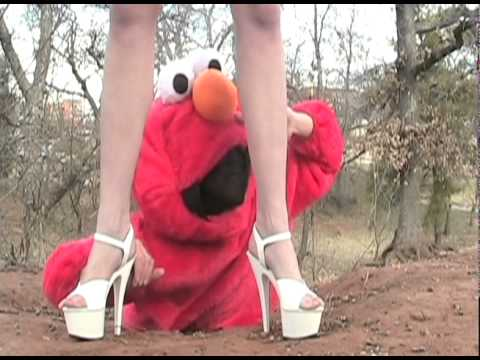 Katy Perry - Hot n Cold with Elmo!