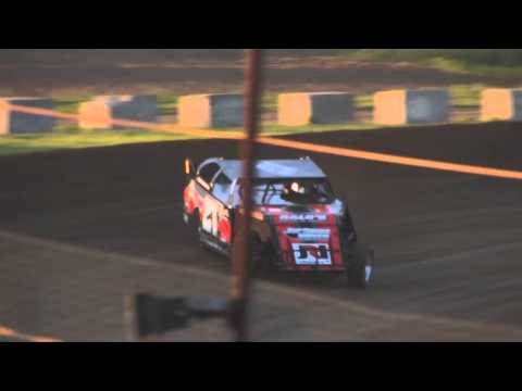 HEAT OF THE NIGHT: USMTS @ LA Raceway 05/17/13