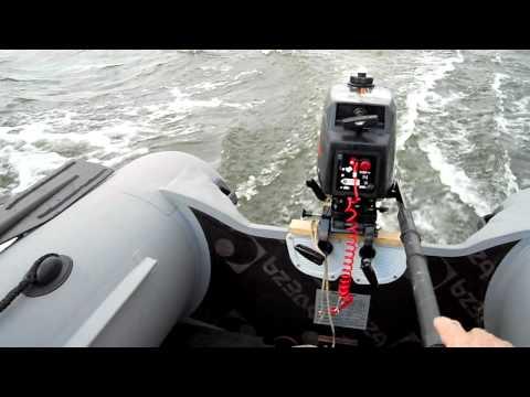 лодочный мотор 5 лс 2 тактный лодка романтика