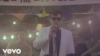 Watch Ronnie Milsap Lost In The Fifties in The Still Of The Night video