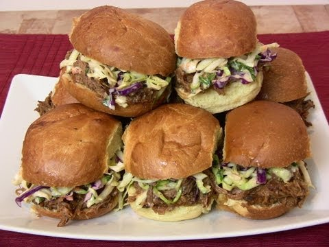 Pulled Pork Sliders with Spicy Peach Bourbon BBQ Sauce - Worldnews.com