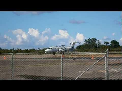 Beechcraft 1900D YV2861 de PDVSA Taxeo y Despegue Aeropuerto de San Tomé Anzoátegui Venezuela