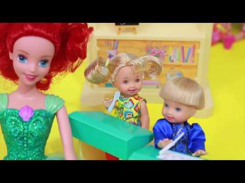 Frozen Toby CRUSH Disney Anna Date 5 AllToyCollector Barbie School DisneyCarToys Kelly Jessie
