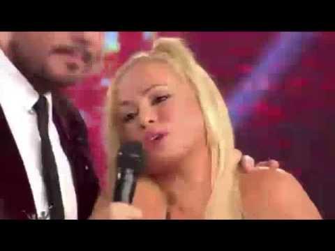 Maria Eugenia Rito se pelea muy feo con Moria Casan en Showmatch 2014