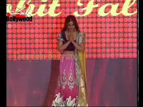 Soha Ali Khan & Raveena Tandon walk the Ramp for the Fashion Show of Glodoil India 2014